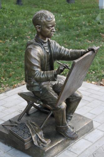 рисующий мальчик (бронза)